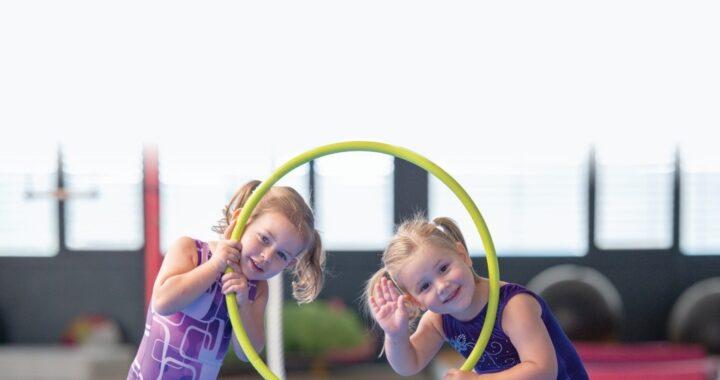 Zakaj je gimnastika najboljša zvrst vadbe za vašega otroka?