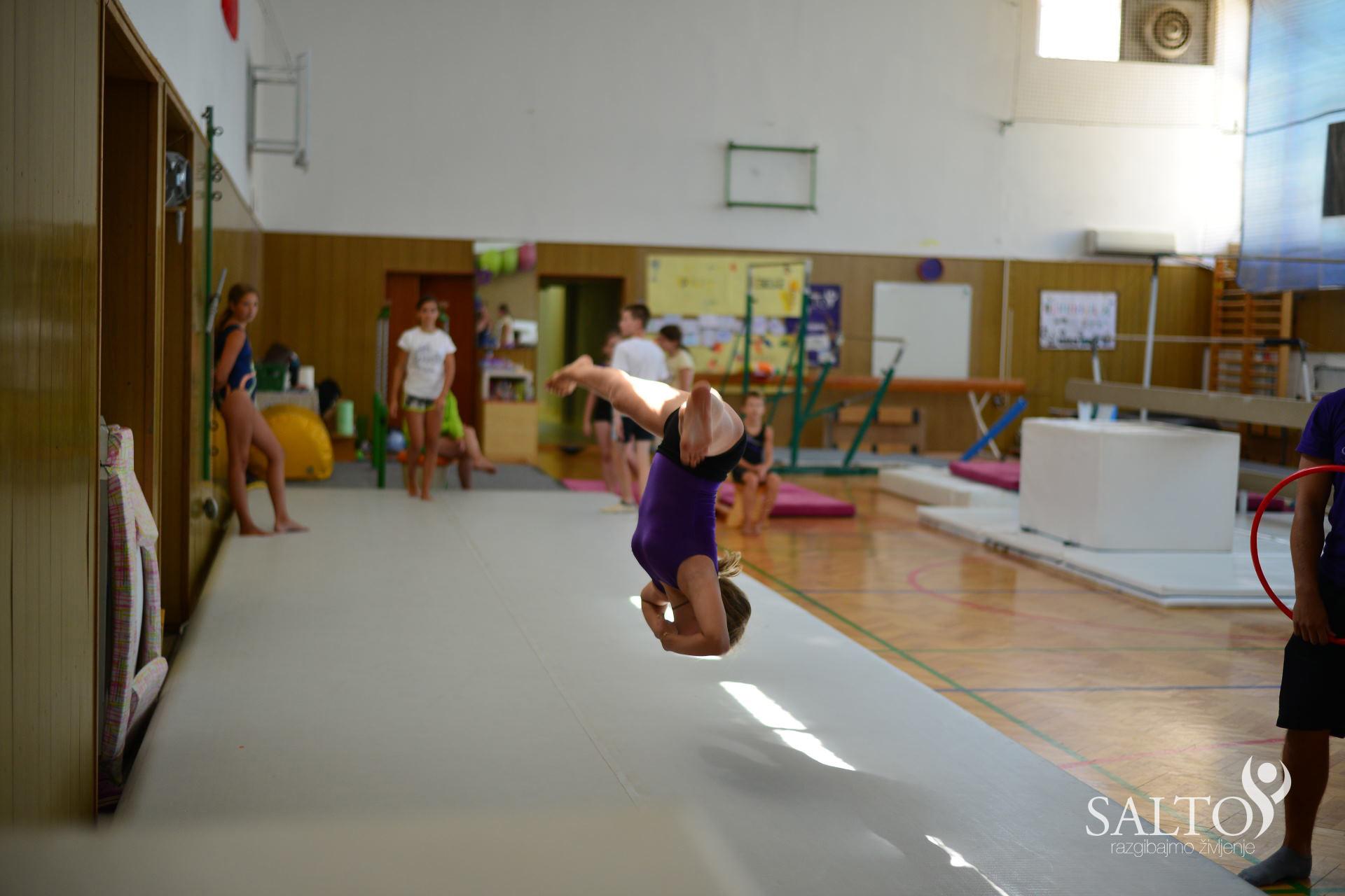 Poletni gimnastični kamp 2015 drugi termin prvi in drugi dan