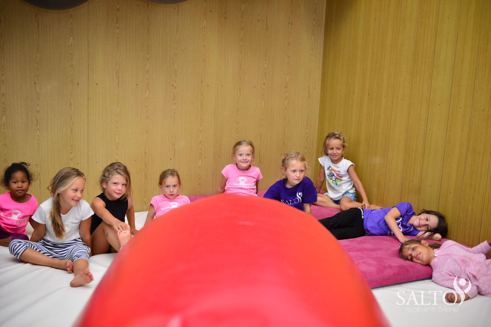 Poletni gimnastični kamp 2015 tretji termin drugi dan